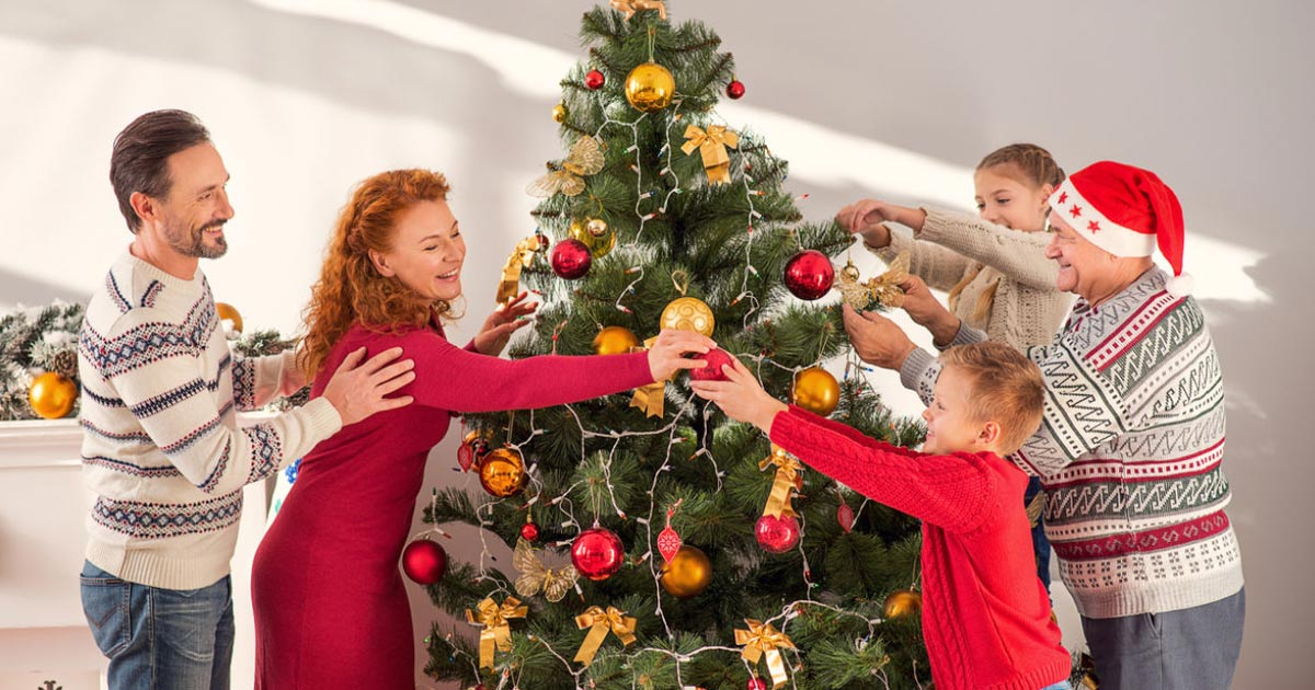 ¿Por qué el 8 de diciembre es costumbre decorar el árbol de Navidad?